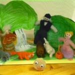 Kunstnikud-dekoreerijad olid Tibu rühma lapsed.Nukud valmisid õpetajate ja lastevanemate abiga.